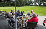 ZOETERMEER - terras BurgGolf Westerpark.  COPYRIGHT  KOEN SUYK