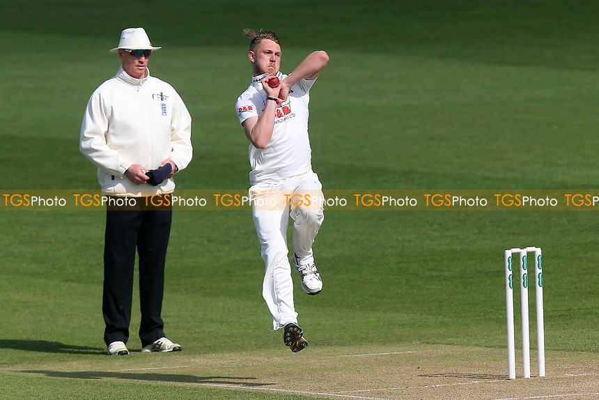 Jamie Porter in bowling action for Essex during Essex CCC vs Durham MCCU, English MCC University Match Cricket at The Cloudfm County Ground on 3rd April 2017