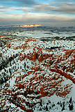 USA, Utah, Bryce Canyon City, Bryce Canyon National Park, sweeping view of the Bryce Amphitheater and Hoodoos from Bryce Point