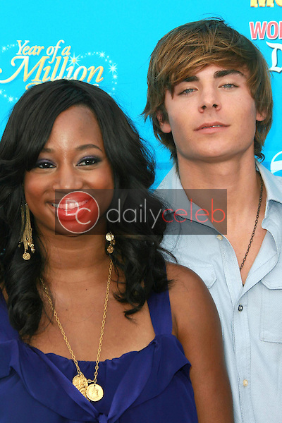 Monique Coleman and Zac Efron<br />at the world premiere of Disney's &quot;High School Musical 2&quot;. Downtown Disney, Anaheim, CA. 08-14-07<br />Dave Edwards/DailyCeleb.com 818-249-4998