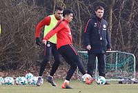 Carlos Salcedo (Eintracht Frankfurt) und Simon Falette (Eintracht Frankfurt) - 06.03.2018: Eintracht Frankfurt Training, Commerzbank Arena