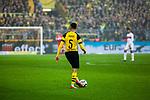 09.03.2019, Signal Iduna Park, Dortmund, GER, 1.FBL, Borussia Dortmund vs VfB Stuttgart, DFL REGULATIONS PROHIBIT ANY USE OF PHOTOGRAPHS AS IMAGE SEQUENCES AND/OR QUASI-VIDEO<br /> <br /> im Bild   picture shows:<br /> Einzelaktion Achraf Hakimi (Borussia Dortmund #5), <br /> <br /> Foto &copy; nordphoto / Rauch