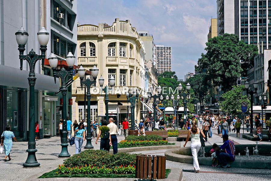 Rua XV de Novembro em Curitiba. Paraná. 2007. Foto de Zig Koch.