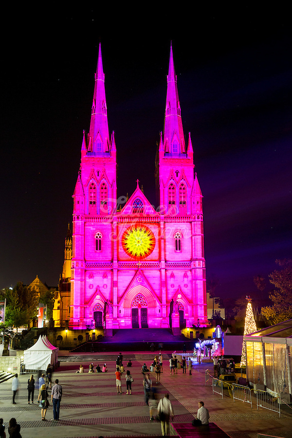 The 2014 Lights of Christmas at St Marys Cathedral Sydney. The event is presented by PAYCE and hosted by the Catholic Archdiocese of Sydney, with the support of education partner the Australian Catholic University and supporting partners Catholic Cemeteries and Crematoria, and TDC.  8/12/2014<br /> Picture James Horan for AGB Events.