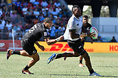 3rd February 2019, Spotless Stadium, Sydney, Australia; HSBC Sydney Rugby Sevens; New Zealand versus Fiji; Mens semi final; Sione Molia of New Zealand grabs the shirt of Sevuloni Mocenacagi of Fiji