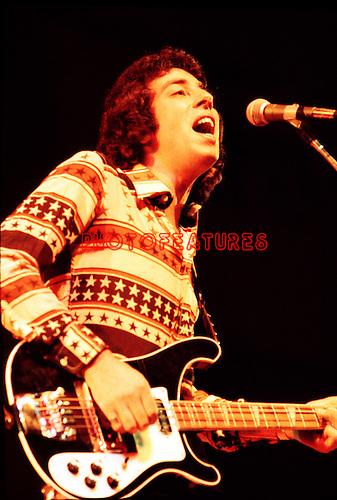 10cc  1974 Graham Gouldman..© Chris Walter..