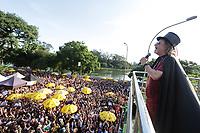 SÃO PAULO, SP, 15.02.2020: CARNAVAL-BLOCO-BICHO-MALUCO-BELEZA-SP - Foliões participam do Bloco Bicho Maluco Beleza com o cantor Alceu Valença, na avenida Pedro Álvares Cabral no Ibirapuera, zona sul de São Paulo, neste sábado, 15. (Foto: Fábio Vieira/FotoRua)