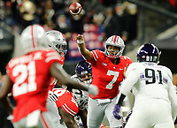 Ohio State Buckeyes quarterback Dwayne Haskins Jr. (7) throws the ball to Ohio State Buckeyes wide receiver Parris Campbell Jr. (21) for a catch against Northwestern Wildcats during the 1st quarter in the Big Ten Championship game in Indianapolis, Ind on December 1, 2018.  [Kyle Robertson/Dispatch]