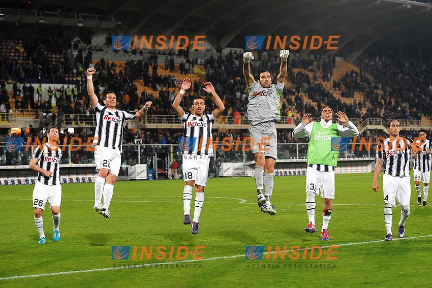 """Esultanza Juventus a fine partita.Firenze 17/3/2012 Stadio """"Artemio Franchi"""".Football Calcio 2011/2012 Serie A.Fiorentina Vs Juventus.Foto Insidefoto Andrea Staccioli"""