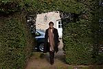 Chateau de Kerbastic à Guidel, rencontre entre Pierre Rabi et la princesse Constance de Polignac pour le monde Magazine - rédacteur Sujet : Laurent Carpentier