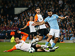 Yaroslav Rakytskyy of Shaktar Donetsk blocks a shot by Sergio Aguero of Manchester City during the Champions League Group F match at the Emirates Stadium, Manchester. Picture date: September 26th 2017. Picture credit should read: Andrew Yates/Sportimage