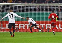 Ante Rebic (Eintracht Frankfurt) erzielt das 1:0 und jubelt - 07.02.2018: Eintracht Frankfurt vs. 1. FSV Mainz 05, DFB-Pokal Viertelfinale, Commerzbank Arena