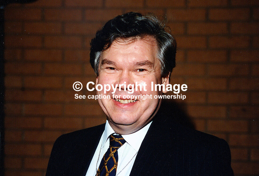 Tim Wood, MP, Conservative Party, Britain, UK, 19961047/TW, politician, Westminster. ..Copyright Image from Victor Patterson, 54 Dorchester Park, Belfast, UK, BT9 6RJ..Tel: +44 28 9066 1296.Mob: +44 7802 353836.Voicemail +44 20 8816 7153.Skype: victorpattersonbelfast.Email: victorpatterson@mac.com.Email: victorpatterson@ireland.com (back-up)..IMPORTANT: If you wish to use this image or any other of my images please go to www.victorpatterson.com and click on the Terms & Conditions. Then contact me by email or phone with the reference number(s) of the image(s) concerned.