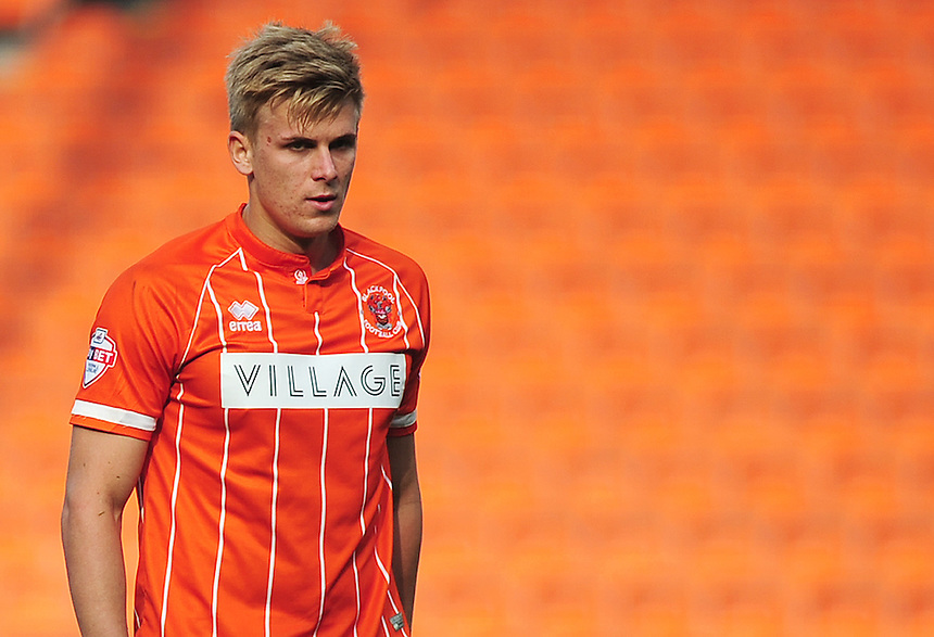 Blackpool's Brad Potts in action during todays match  <br /> <br /> Photographer Kevin Barnes/CameraSport<br /> <br /> Football - The Football League Sky Bet League One - Blackpool v Swindon Town - Saturday 3rd October 2015 - Bloomfield Road - Blackpool<br /> <br /> &copy; CameraSport - 43 Linden Ave. Countesthorpe. Leicester. England. LE8 5PG - Tel: +44 (0) 116 277 4147 - admin@camerasport.com - www.camerasport.com
