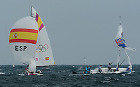 11.08.2012. Weymouth, Dorset, England.  The Spanish team Compet with The Australian team during Elliott 6m  Competition of sailing Event London 2012 Olympic Games The Spanish team Won Gold Medal Xinhua Zeng Yi   Britain London sailing Elliott 6m