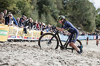 Freshly crowned (1 week earlier) road World Champion Annemiek Van Vleuten (NED/Orica Scott) switched her road bike for a cx version for this occasion.  <br /> 1 time only though: 'it was my first and also last cx race I rode.' <br /> <br /> cx Telenet Superprestige Gieten 2017 (NED)