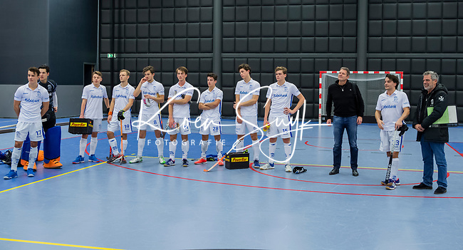 ROTTERDAM  - NK Zaalhockey,   wedstrijd om brons.  heren Oranje Rood- Kampong. OR wint.  team Kampong.      COPYRIGHT KOEN SUYK