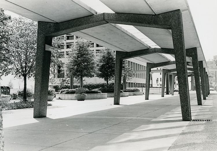 1970 May 11..Redevelopment...Downtown South (R-9)..Downtown Financial District..N. J. Pope.NEG# NJP70-4-19.NRHA#..