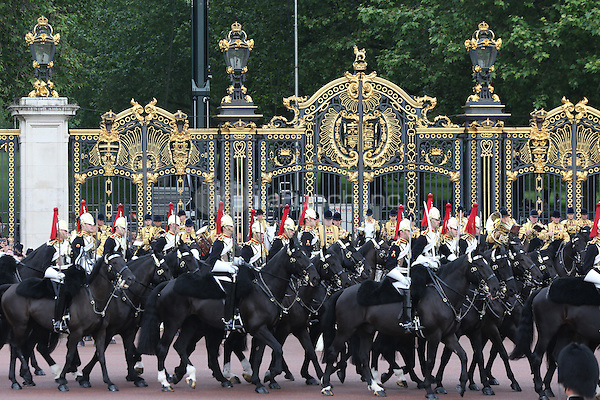 The Queen's official birthday when she reviewed the Trooping of the Colour, London, England June 11, 2016.<br /> CAP/GOL<br /> &copy;GOL/Capital Pictures /MediaPunch ***NORTH AND SOUTH AMERIcAS ONLY***