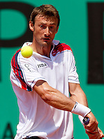 Juan Carlos Ferrero (ESP) (16) against Pere Riba (ESP) in the second round of the men's singles. Juan Carlos Ferrero beat Pere Riba 7-6 6-7 6-2 6-2..Tennis - French Open - Day 6 - Fri 29 May 2010 - Roland Garros - Paris - France..© FREY - AMN Images, 1st Floor, Barry House, 20-22 Worple Road, London. SW19 4DH - Tel: +44 (0) 208 947 0117 - contact@advantagemedianet.com - www.photoshelter.com/c/amnimages