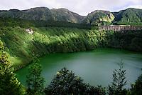 Kratersee Lagoa de Santiago auf der Insel Sao Miguel, Azoren, Portugal