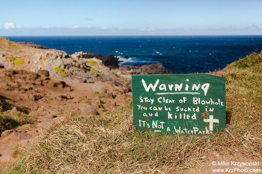 Warning sign along the trail leading to the Nakalele Blowhole, west Maui