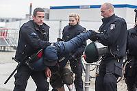 16-04-11 Festnahmen bei Bärgida