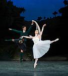 English National Ballet;<br /> La Sylphide;<br /> Jurgita Dronina;<br /> Isaac Hern&aacute;ndez;