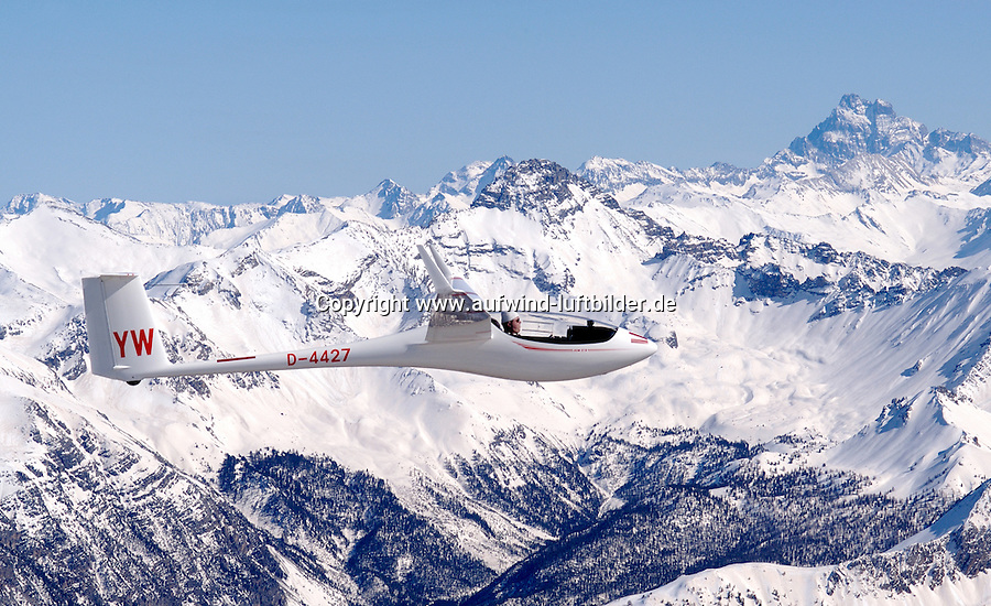 Segelflug, Segelflugzeug, ASW27 B,  Berge, Schnee, Alpen, Frankreich,  Seealpen, Gerhard Bender, YW. Monte Viso