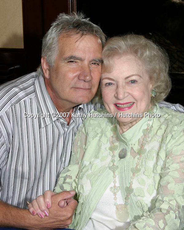 John McCook & Betty White.Bold & the Beautiful Fan Luncheon.Universal Sheraton Hotel.Los Angeles,  CA.Aug 25, 2007.©2007 Kathy Hutchins / Hutchins Photo....