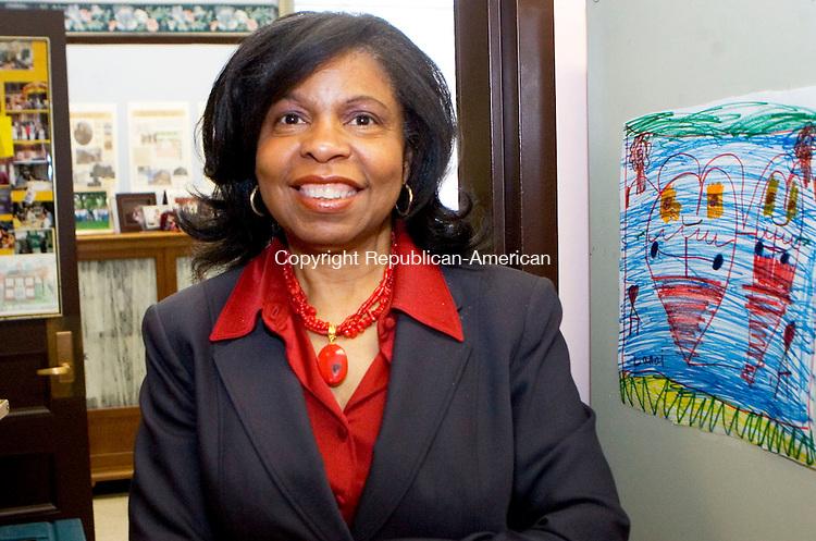 BOSTON, MA- 03 APR 07- 040307JT07- <br /> Janet Owens, principal of Samuel Mason Elementary School in Roxbury, Mass., on Tuesday, Apr. 3.<br /> Josalee Thrift Republican-American