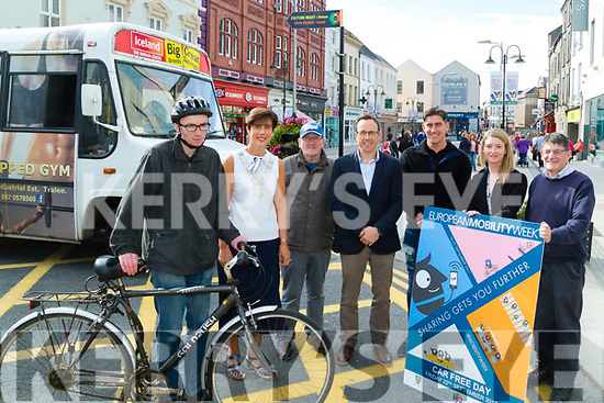 Norma Foley Mayor of Tralee who launched the Tralee Free Bus in conjunction with European Mobility Week on Monday in The Mall Tralee, L-r: James Murphy, Norma Foley (Mayor of Tralee), James O'Brien, Eoghan O'Brien (KCC),David Culloty(Bus Driver),Anna Marie Costello and James Fealy (KCC).
