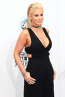 LOS ANGELES - NOV 20: Jenny McCarthy at the 2016 American Music Awards at Microsoft Theater on November 20, 2016 in Los Angeles, California