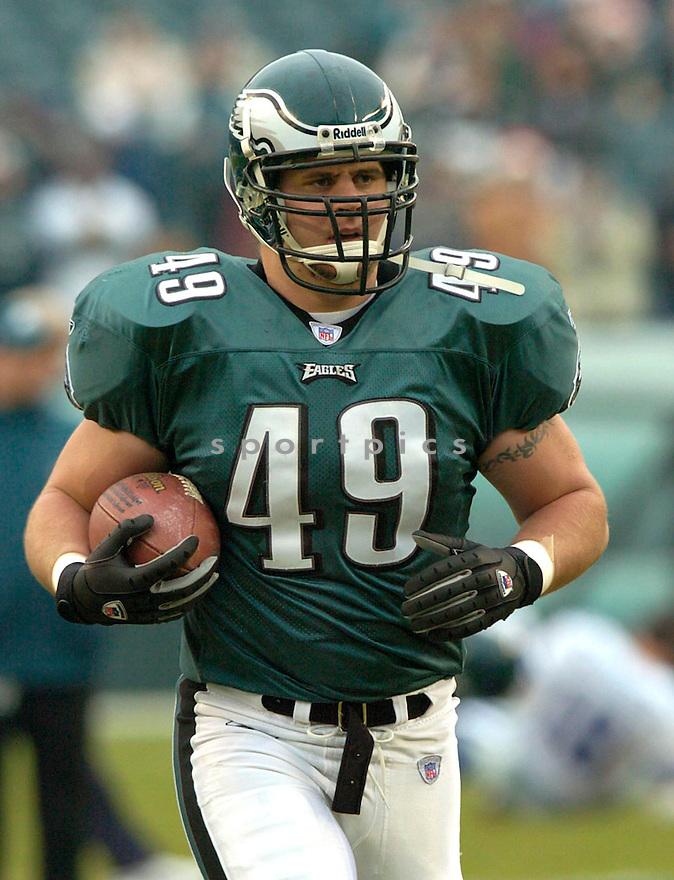 Josh Parry during the Philadelphia Eagles v. Dallas Cowboys game on December 18, 2004...Eagles win 12-7..David Durochik / SportPics