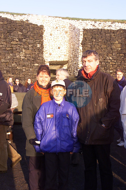 Anne and Tony Cromwell with there son Paul (10)  from Downstown Duleek at Newgrange.Pic Fran Caffrey Newsfile..Camera:   DCS620C.Serial #: K620C-01974.Width:    1152.Height:   1728.Date:  21/12/99.Time:   9:31:44.DCS6XX Image.FW Ver:   1.9.6.TIFF Image.Look:   Product.Counter:    [859].Shutter:  1/160.Aperture:  f7.1.ISO Speed:  400.Max Aperture:  f3.8.Min Aperture:  f24.Focal Length:  30.Exposure Mode:  Manual (M).Meter Mode:  Color Matrix.Drive Mode:  Continuous High (CH).Focus Mode:  Continuous (AF-C).Focus Point:  Center.Flash Mode:  Normal Sync.Compensation:  +0.0.Flash Compensation:  +0.0.Self Timer Time:  10s.White balance: Auto (Daylight).Time: 09:31:44.166.