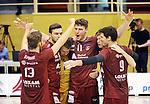 2015-10-28 / Volleybal / seizoen 2015-2016 / Antwerpen - Amigos / Antwerpen viert een punt. In het midden Mateusz Przybyla (11)<br /><br />Foto: Mpics.be