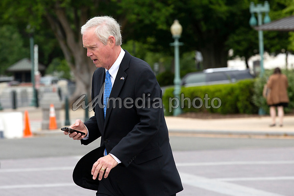 United States Senator John Cornyn (Republican of Texas) walks to the United States Capitol for votes in Washington D.C., U.S. on Thursday, May 21, 2020.  Credit: Stefani Reynolds / CNP/AdMedia