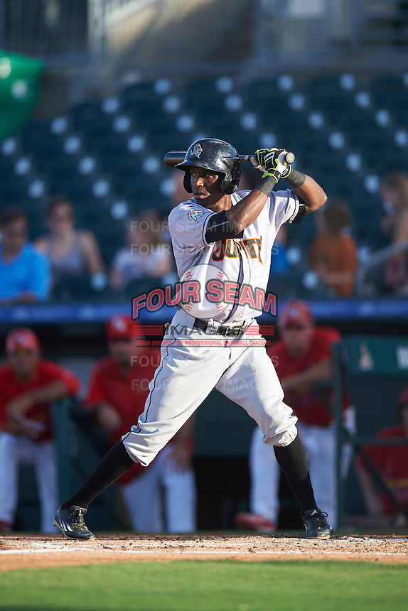 Jupiter Hammerheads center fielder Jeremias Pineda (17) at bat during a game against the Palm Beach Cardinals on August 12, 2016 at Roger Dean Stadium in Jupiter, Florida.  Jupiter defeated Palm Beach 9-0.  (Mike Janes/Four Seam Images)