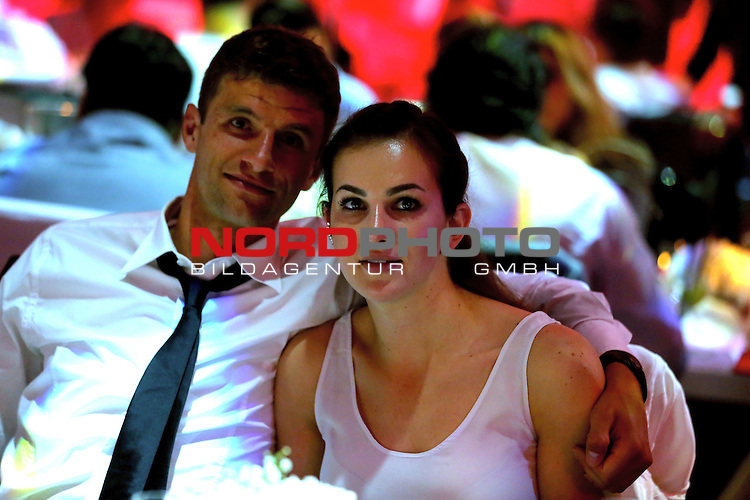 23.05.2015, Postpalast, Muenchen, FC Bayern Muenchen - German Championship Celebrations, im Bild   Thomas Mueller attends with his wife Lisa Mueller the FC Bayern Muenchen Bundesliga Champions Dinner at Postpalast Foto © nordphoto