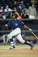 ***Temporary Unedited Reference File***Mobile BayBears right fielder Gabriel Guerrero (21) during a game against the Jacksonville Suns on April 18, 2016 at The Baseball Grounds in Jacksonville, Florida.  Mobile defeated Jacksonville 11-6.  (Mike Janes/Four Seam Images)