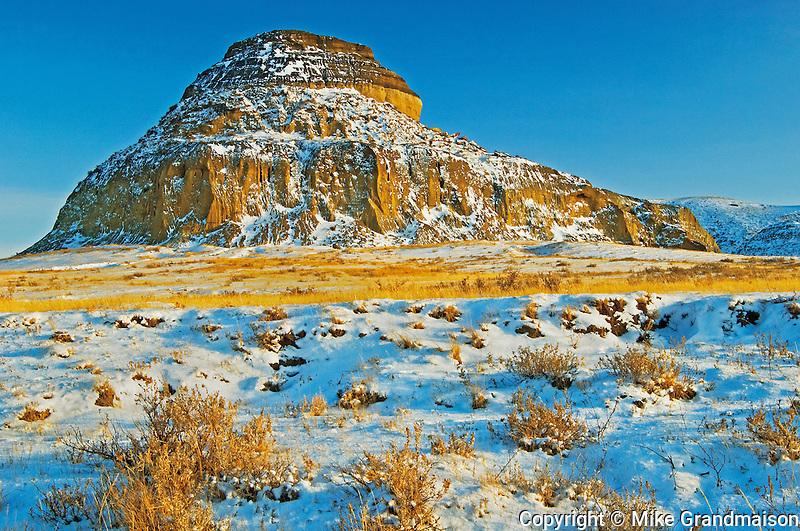 Badland formations in winter<br /> Big Muddy Badlands<br /> Saskatchewan<br /> Canada