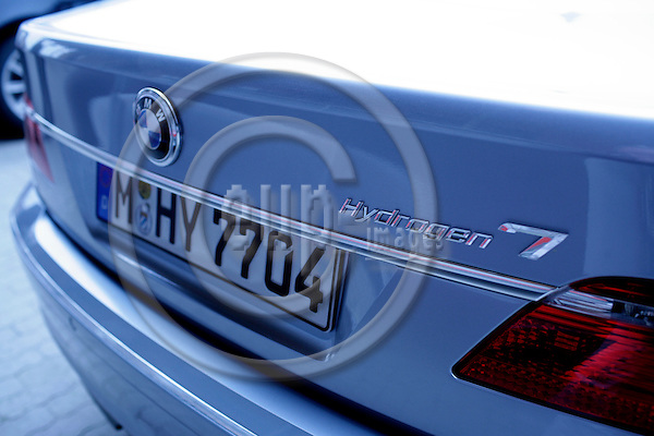 BRUSSELS - BELGIUM - 16 MARCH 2007 -- A BMW Hydrogen 7 on show in Brussels. -- PHOTO: ERIK LUNTANG / EUP-IMAGES