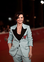 French actress Juliette Binoche poses on the red carpet for a special screening of the movie &quot;The English Patient&quot; during the international Rome Film Festival at Rome's Auditorium, 22 October 2016. The Film Festival celebrates one of the most beloved of Cinema History 'The English Patient' by Anthony Minghella, released twenty years ago (in 1996). <br /> UPDATE IMAGES PRESS/Isabella Bonotto