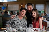 Will Davis (Miles Teller), Roger Davis (Bryan Cranston), Jillian (Anna Kendrick) in restaurant