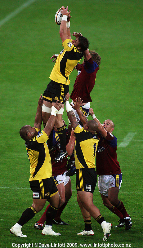 Hurricanes lock Jeremy Thrush wins lineout ball during the Super 14 rugby union match between the Hurricanes and Highlanders at Westpac Stadium, Wellington, New Zealand on Friday 20 February 2009. Photo: Dave Lintott / lintottphoto.co.nz