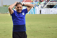 MONTERIA - COLOMBIA, 15-09-2018: Miguel Angel Russo, técnico del Millonarios, gesticula durante partido entre Jaguares de Córdoba y Millonarios por la fecha 10 de la Liga Águila II 2018 jugado en el estadio Municipal de Montería. / Miguel Angel Russo, coach of Millonarios, gestures during the match between Jaguares of Cordoba and Millonarios for the date 10 of the Liga Aguila II 2018 at the Municipal de Monteria Stadium in Monteria city. Photo: VizzorImage / Andres Felipe Lopez / Cont