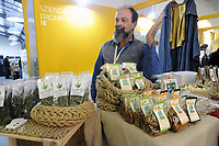 - Milano, primo salone internazionale della canapa (cannabis) in tutte le sue numerose potenzialit&agrave; di utilizzazione<br />