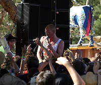 Shooting at Unarmed Men performing at the 2007 Golden Plains Festival