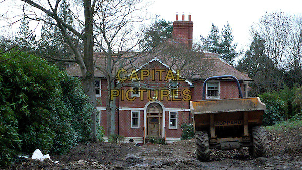 TOM CRUISE & KATIE HOLMES' NEW HOUSE.Picture Shows A General View of Tom Cruise and Katie Holmes' £2.5 Million pound home, Sussex, England,.4th December 2006..home renovation outside.Ref: FIN.www.capitalpictures.com.©Steve Finn/Capital Pictures.