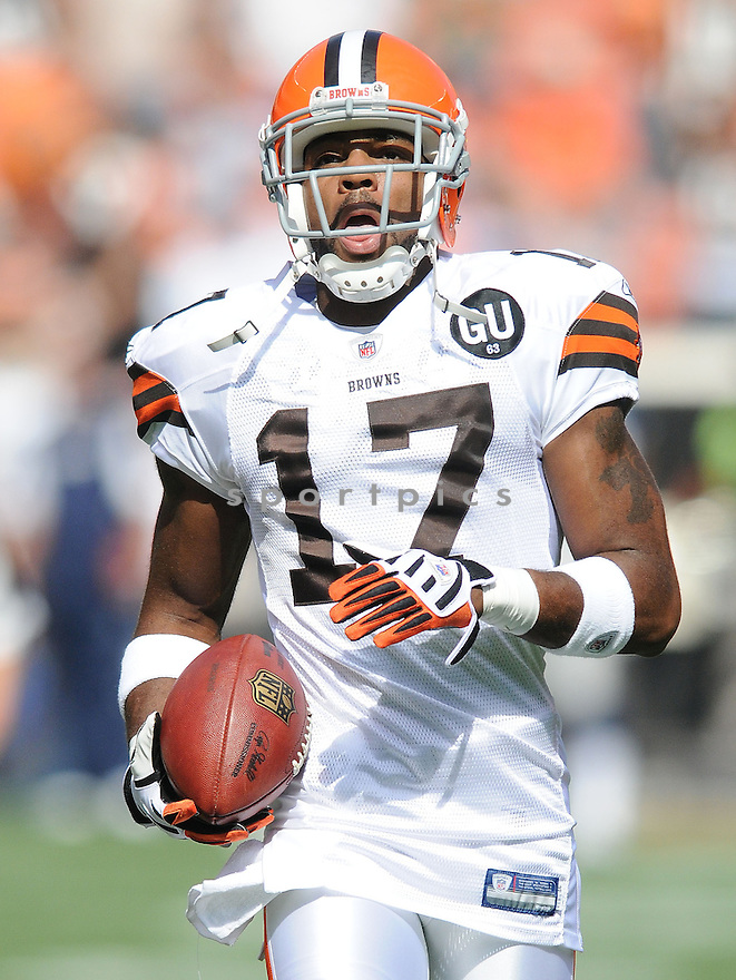 BRAYLON EDWARDS, of the Cleveland Browns , in action during the Browns game against the Dallas Cowboys in Cleveland, Ohio on September 7, 2008..The Dallas Cowboys won 28-10
